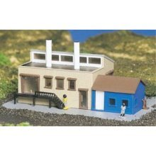 Bachmann Factory With Accessories - N Scale