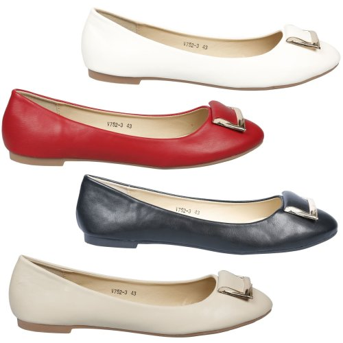 Delilah Womens Slip On Ballet Flats in Larger Sizes