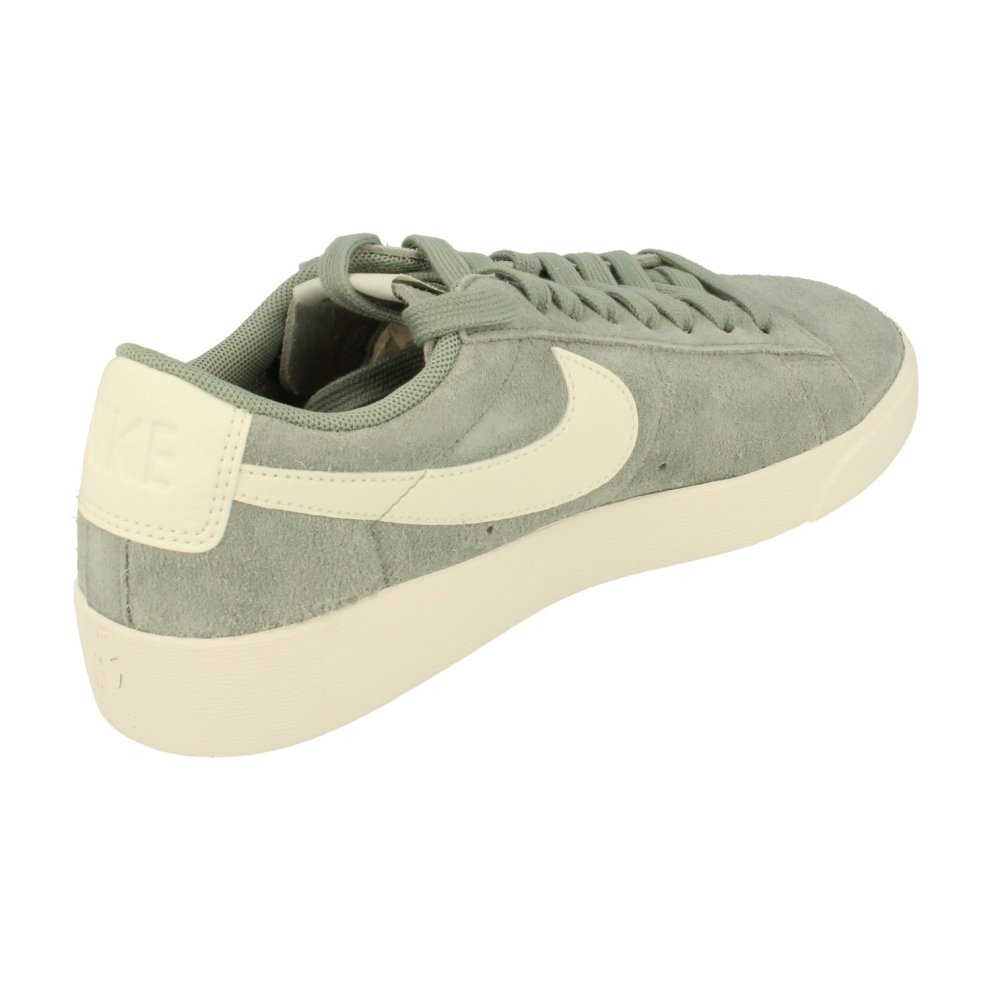 newest 50f54 2825b Nike Womens Blazer Low Sd Trainers Av9373 Sneakers Shoes